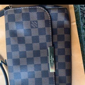 Louis Vuitton Clutch Never Worn